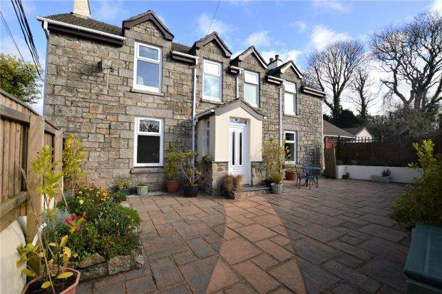 4 Bedrooms Detached House for sale in Stennack, Troon, Camborne, Cornwall