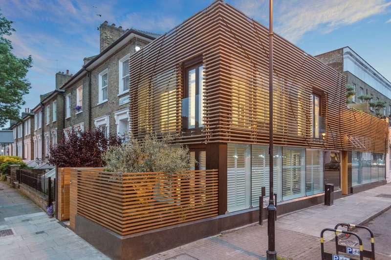 3 Bedrooms Semi Detached House for sale in Ecless House, Halliford Street, Islington, N1