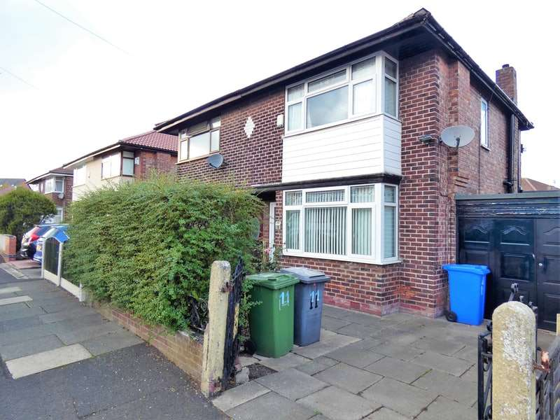 2 Bedrooms Semi Detached House for sale in Copperas Lane, Manchester, Greater Manchester, M43