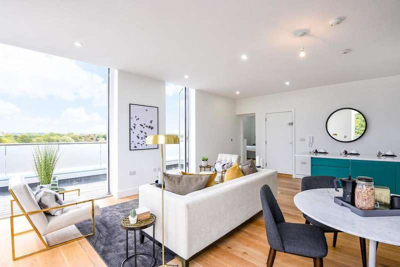 3 Bedrooms Penthouse Flat for sale in Osborn Terrace, Blackheath