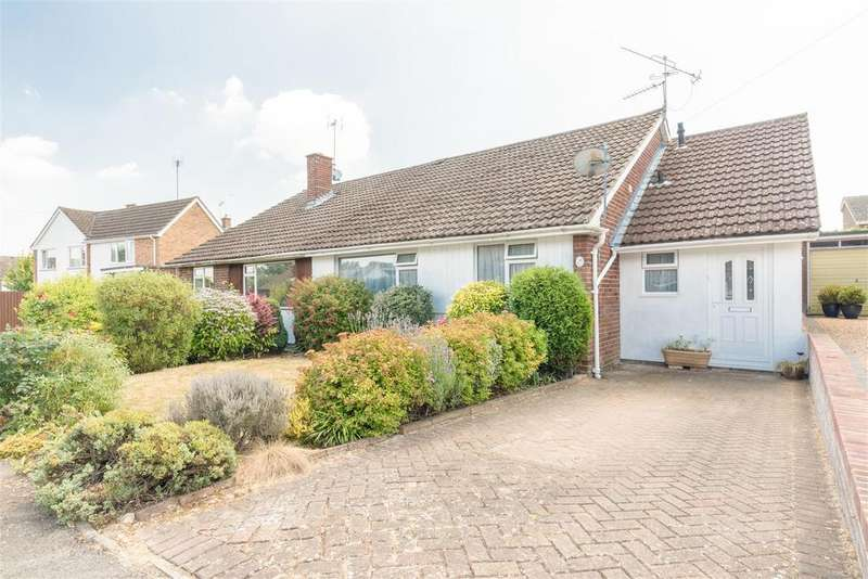 3 Bedrooms Bungalow for sale in Hayse Hill, Windsor