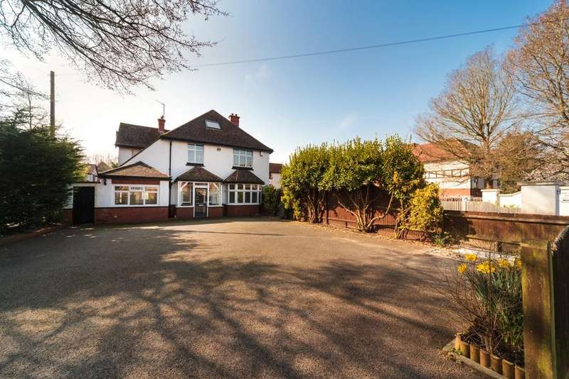10 Bedrooms Detached House for sale in Carden Avenue, Brighton, BN1