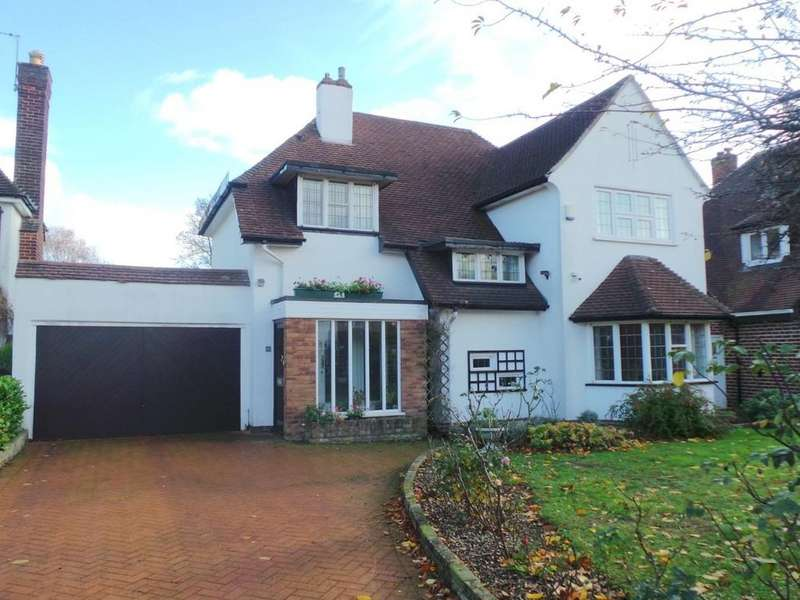 4 Bedrooms Detached House for sale in Boultbee Road, Sutton Coldfield