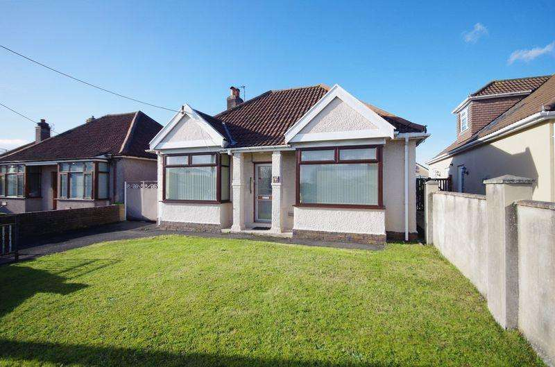 2 Bedrooms Detached Bungalow for sale in Gloucester Road, Patchway, Bristol