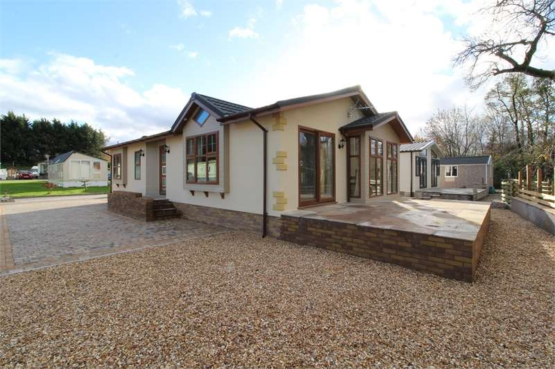 2 Bedrooms Park Home Mobile Home for sale in CA10 2BY Waters Edge, Southwaite Green Mill, Eamont Bridge, Penrith, Cumbria