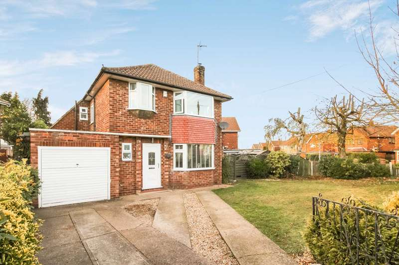 3 Bedrooms Detached House for sale in Chestnut Road, North Hykeham, Lincoln, LN6 8LX