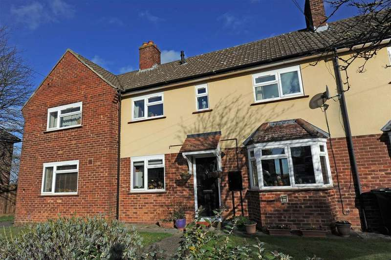 2 Bedrooms Terraced House for sale in Cleveland Road, Catterick Garrison