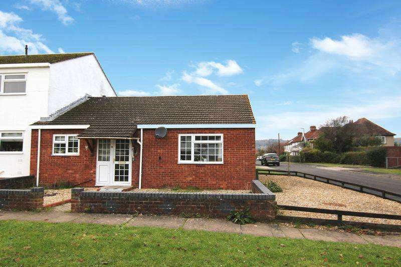 2 Bedrooms Bungalow for sale in South Dene, Bristol