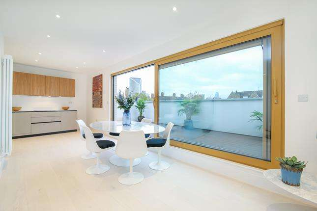 3 Bedrooms Flat for sale in The Penthouse, Trinity Lofts, County Street, London, SE1 4AD