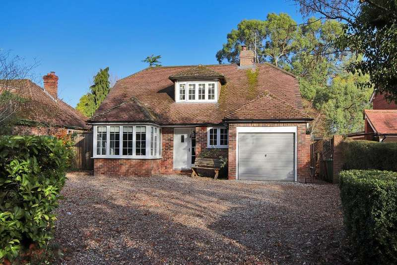 4 Bedrooms Detached House for sale in Stream Lane, Hawkhurst, Kent, TN18 4RD