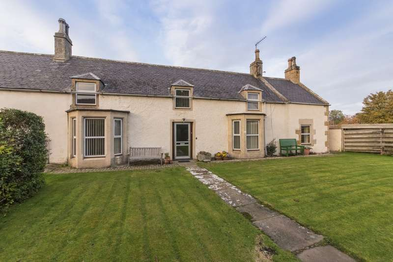 5 Bedrooms Detached Villa House for sale in South Road, Garmouth, Fochabers, IV32 7LX