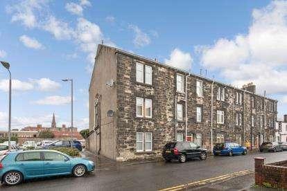 1 Bedroom Flat for sale in Morris Street, Largs