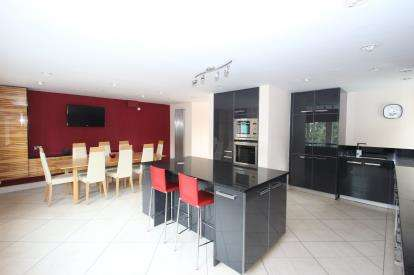 3 Bedrooms Flat for sale in High Quay, City Road, Newcastle Upon Tyne, Tyne and Wear, NE1