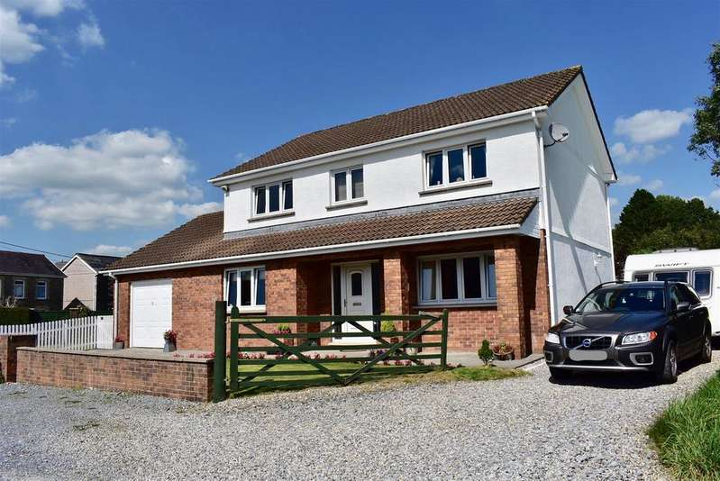 5 Bedrooms Detached House for sale in Greenfield Road, Twyn, Ammanford
