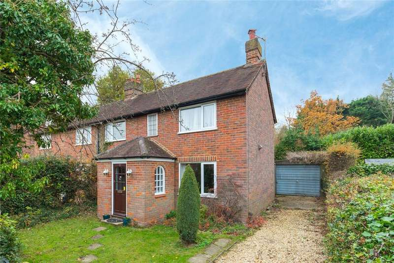 3 Bedrooms Semi Detached House for sale in The Meadows, Amersham, Buckinghamshire, HP7