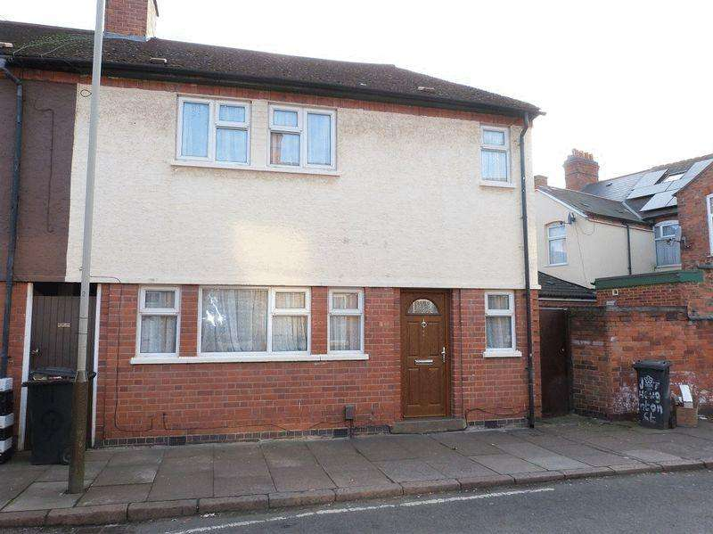 3 Bedrooms Terraced House for sale in Quenby Street Off Humberstone Road