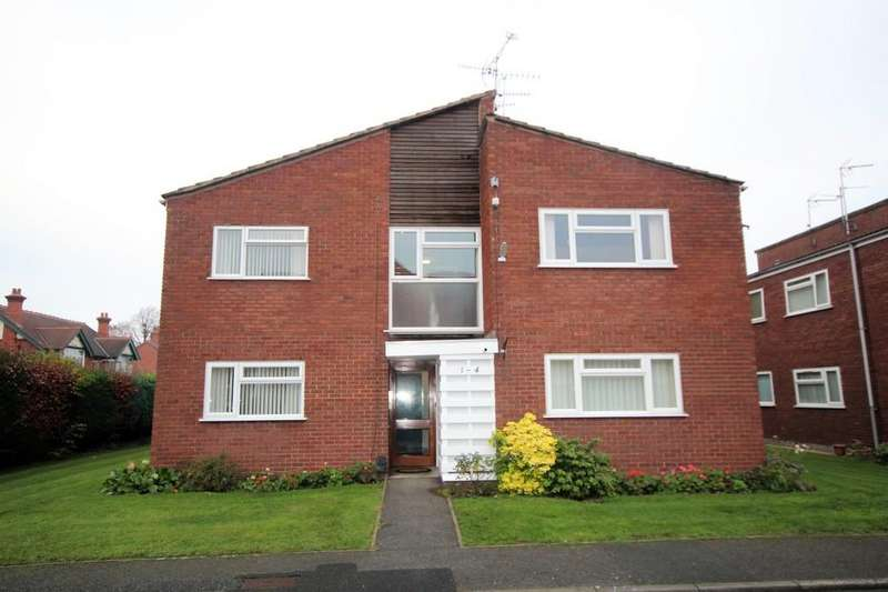 2 Bedrooms Apartment Flat for sale in Grove Lodge Close, Foster Road