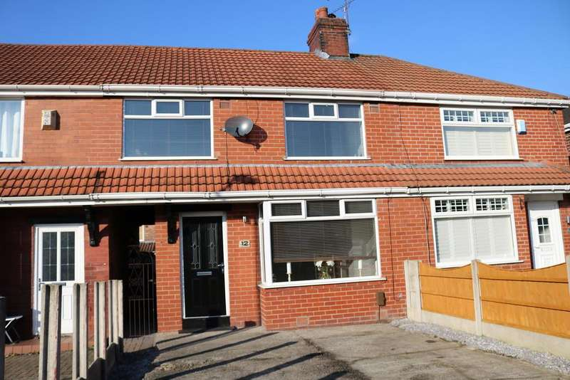 3 Bedrooms Semi Detached House for sale in Fife Ave Chadderton