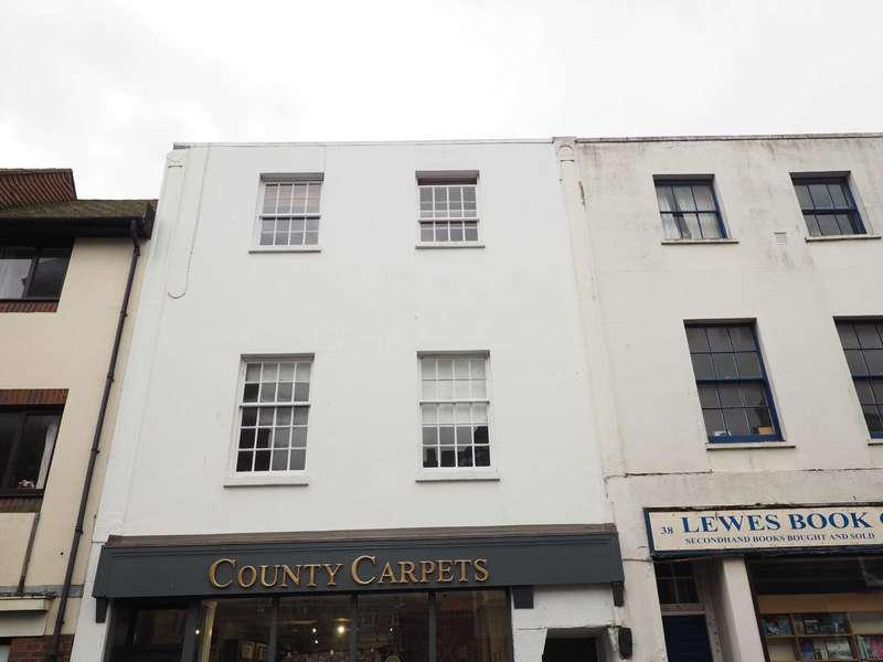 2 Bedrooms Flat for sale in Cliffe High Street, Lewes