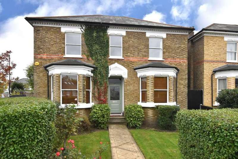 6 Bedrooms Detached House for sale in Allenby Road