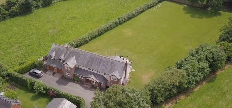 5 Bedrooms House for sale in 5 bedroom House Detached in Bunbury