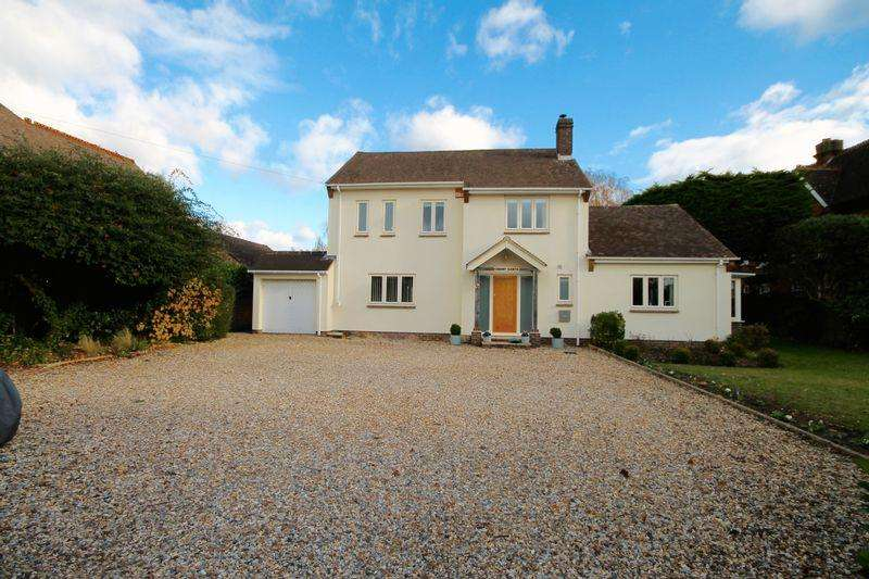4 Bedrooms Detached House for sale in New Brighton Road, Emsworth