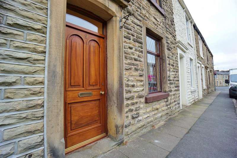 2 Bedrooms Terraced House for sale in Corporation Street, Clitheroe