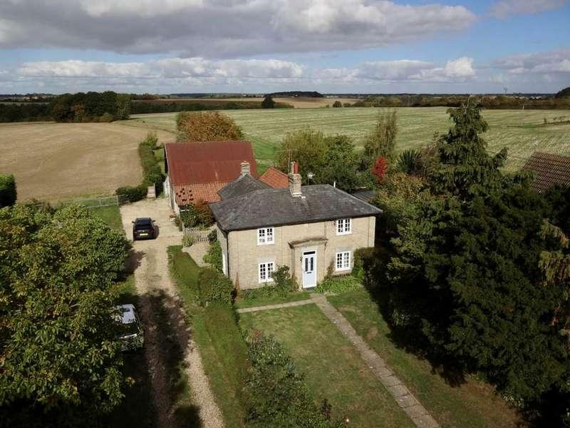 4 Bedrooms Detached House for sale in Bildeston Road, Combs