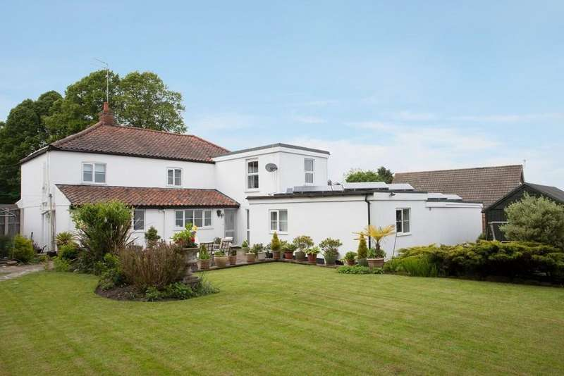 9 Bedrooms Detached House for sale in Old Costessey