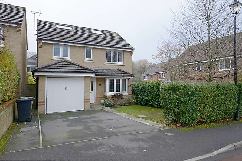 4 Bedrooms Detached House for sale in Lamtarra Way, Newbury, Berkshire, RG14