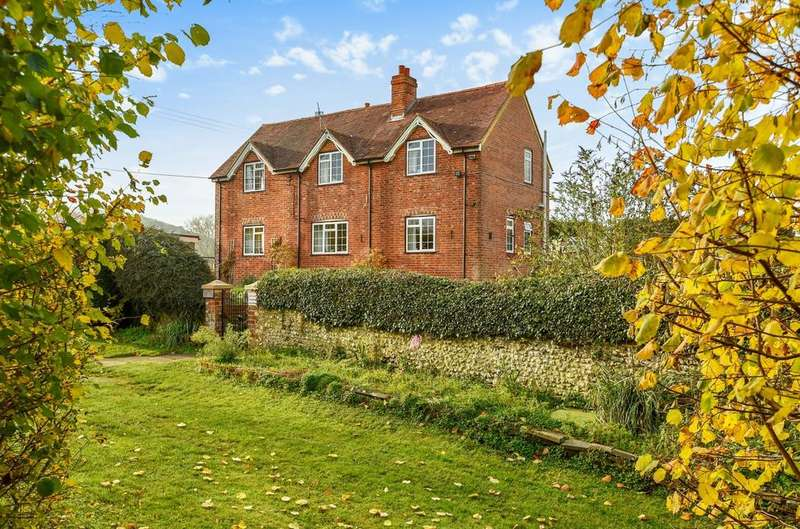 4 Bedrooms Detached House for sale in Ramsdean Lane, Weston, GU32