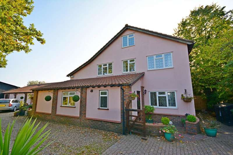 4 Bedrooms Detached House for sale in School Road, Rayne, Braintree, Essex, CM77