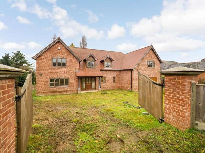 5 Bedrooms Detached House for sale in Station Road Reedham Norwich