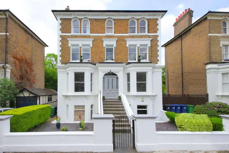 1 Bedroom Ground Flat for sale in Churchfield Road, W13