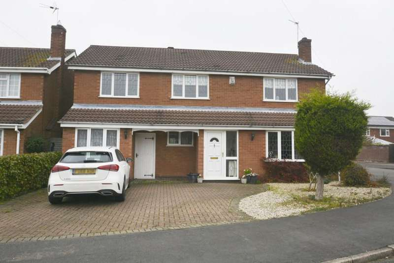 4 Bedrooms Detached House for sale in Hawthorn Crescent, Burbage, Leicestershire, LE10 2JP