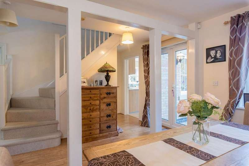 4 Bedrooms Detached House for sale in Windle Drive, Bourne, PE10