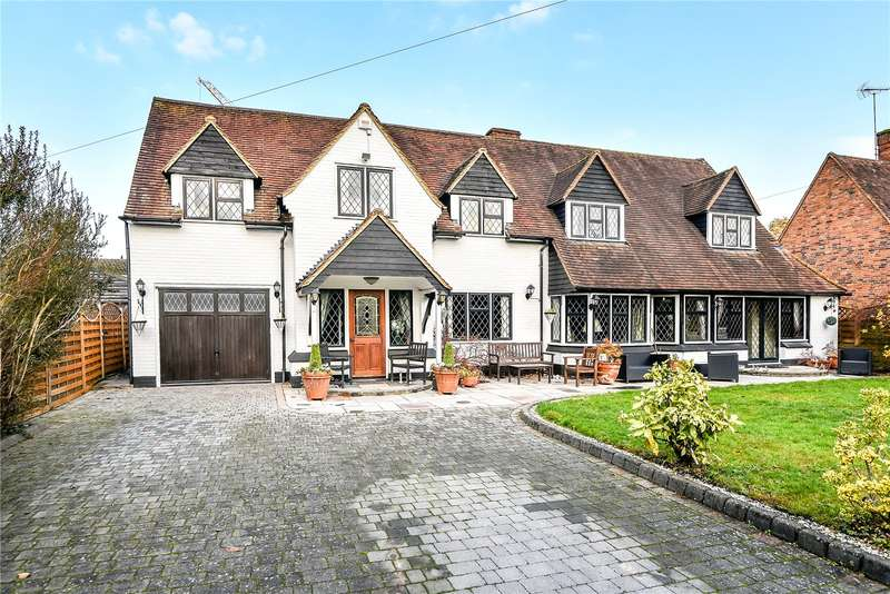 4 Bedrooms Detached House for sale in Elm Close, Farnham Common, Buckinghamshire, SL2