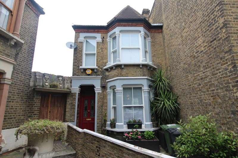 3 Bedrooms Terraced House for sale in Scawen Road, Deptford, London, SE8