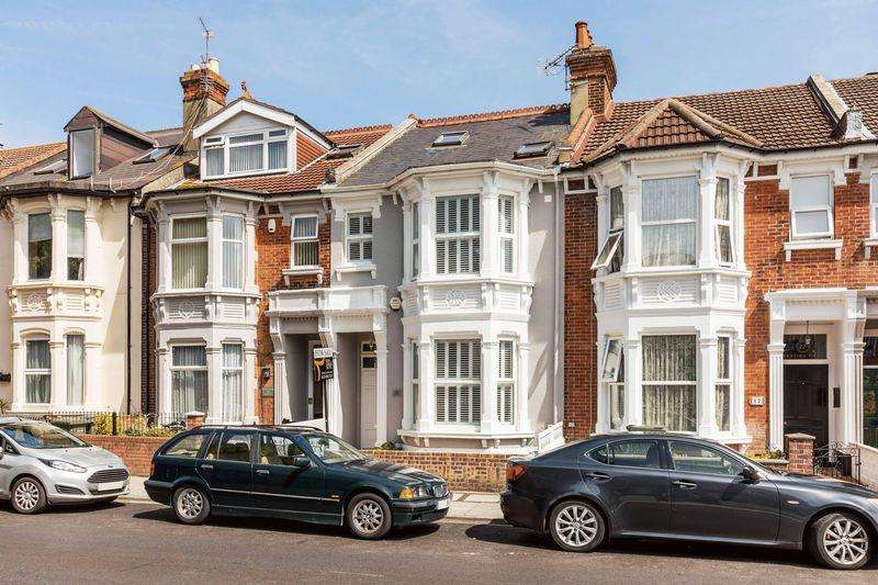 5 Bedrooms Terraced House for sale in Festing Road, Southsea