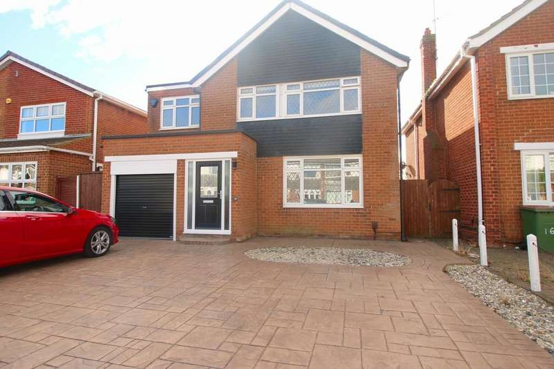 5 Bedrooms Detached House for sale in Blenheim Avenue