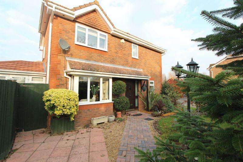 3 Bedrooms Detached House for sale in Rothschild Close, Waterside Park, Southampton