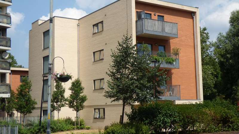 3 Bedrooms Apartment Flat for sale in Jamaica Road SE1