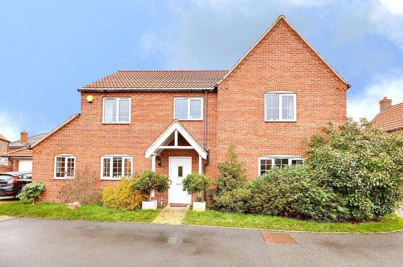 5 Bedrooms Detached House for sale in Peregrine Mews, Cringleford