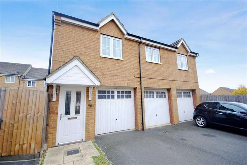 2 Bedrooms Coach House Flat for sale in Cooper Drive, Leighton Buzzard