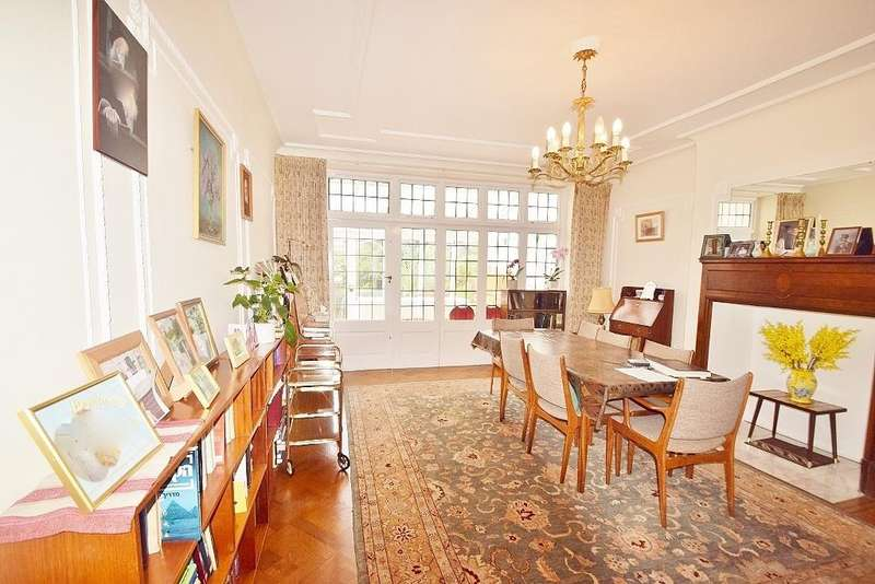 5 Bedrooms Semi Detached House for sale in ARMITAGE ROAD, GOLDERS GREEN, LONDON, NW11