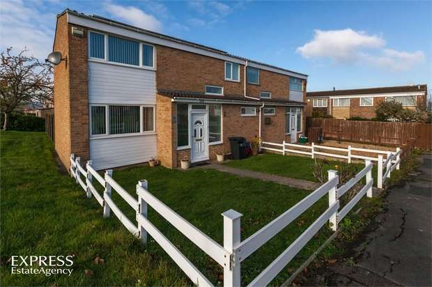 3 Bedrooms Semi Detached House for sale in Court Farm Road, Bristol