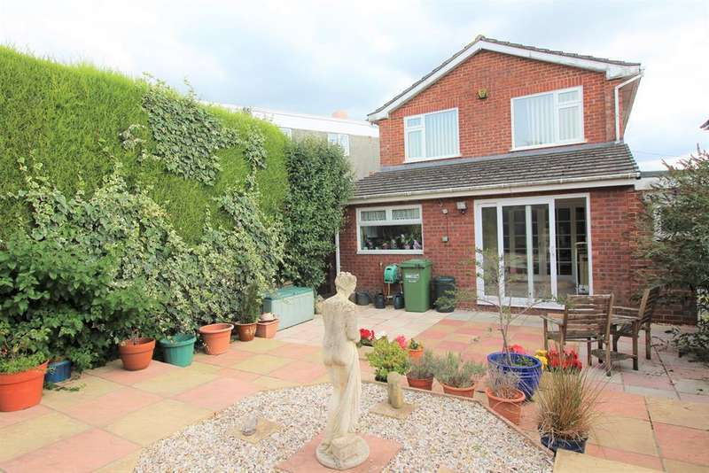 4 Bedrooms Detached House for sale in Greenhill Down, Alveston, Bristol, BS35 3PA