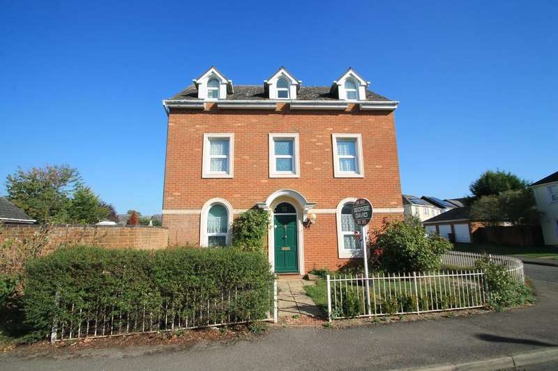 4 Bedrooms Semi Detached House for sale in Ayleswater, Aylesbury