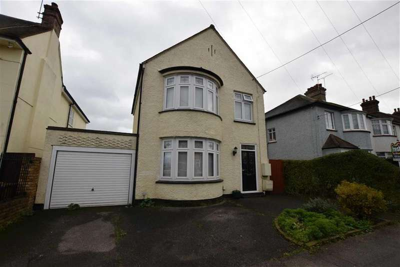 4 Bedrooms Detached House for sale in Scratton Road, Stanford-le-hope, Essex