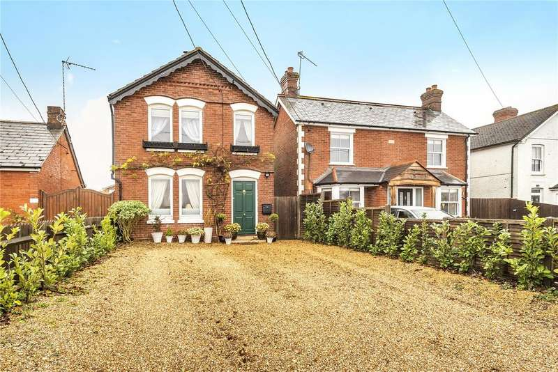 4 Bedrooms Detached House for sale in Foxcotte Road, Charlton, Andover, Hampshire, SP10